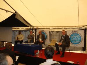 Photo des intervenants de la conférence de l'association CARI sur l'agroécologie dans les zones arides
