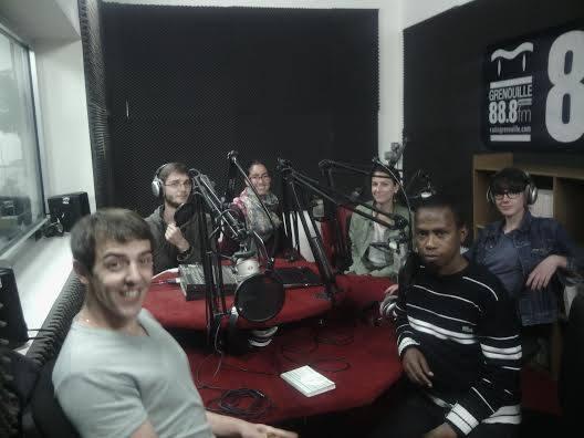 les étudiants à RadioGrenouille